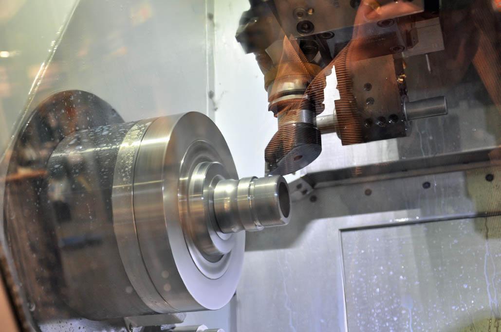 Hardinge T51SP: lange standtijd bij draaien gehard staal