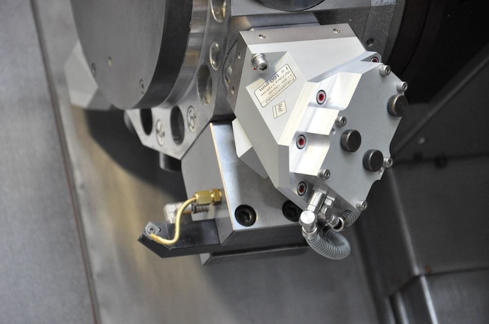 Laser ondersteund draaien alternatief voor het slijpen