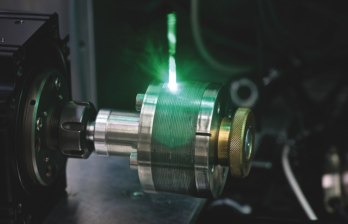 Multistraaltechnologie: lasermicrobewerken met 16 laserstralen tegelijk