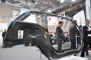 Wordt staal en aluminium in de automobielindustrie vervangen door koolstofvezels?