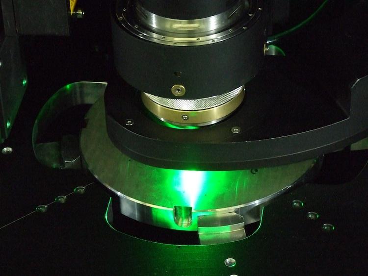 3D-Micromac: nog preciezer micro laser boren