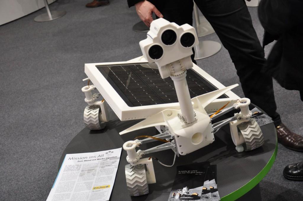 Straks vanuit de 3D printer naar de maan?