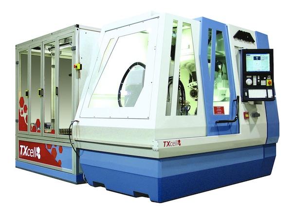 De Anca machine met geïntegreerde robotcel met RFID-technologie.