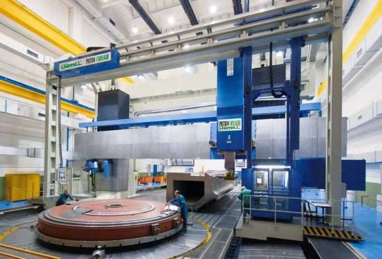 Pietro Carnaghi bouwt grootste portaalfreesmachine van Europa