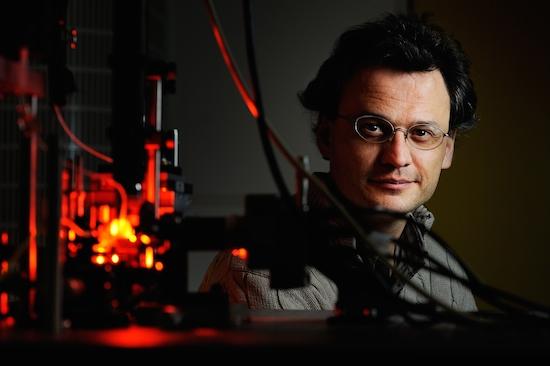 Femtoprint: Eindhovens lasersysteem genomineerd voor Duitse laser award