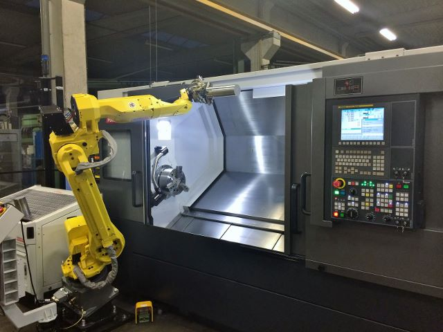 Robojob wenteleenheid voor automatisering draaibanken bij Dormac