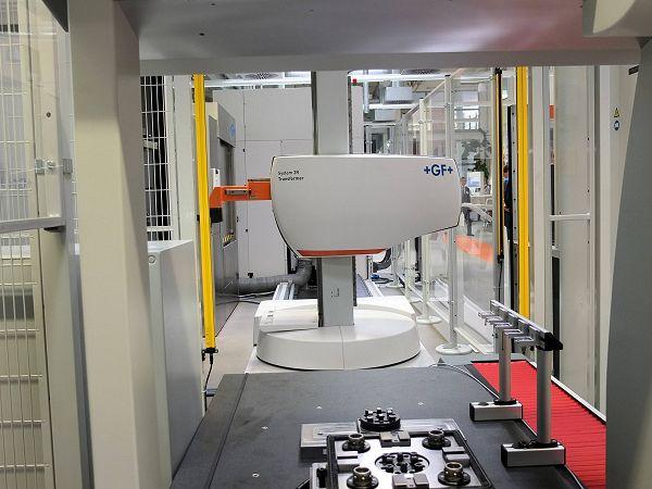 Mikron HSM-machine met robotcel én spindelbescherming op MTMS 2015