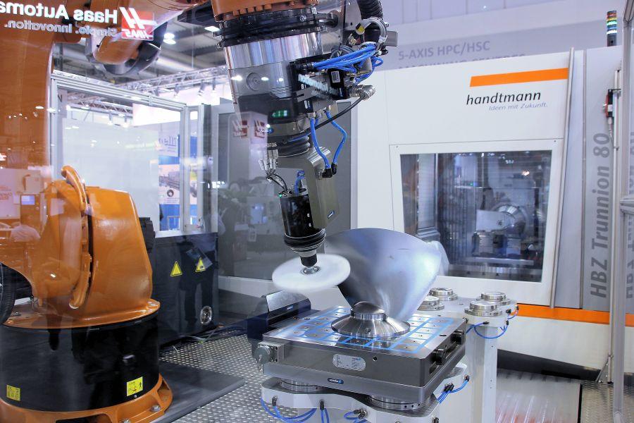 Handtmann eerste aanbieder Run MyRobot/Machining