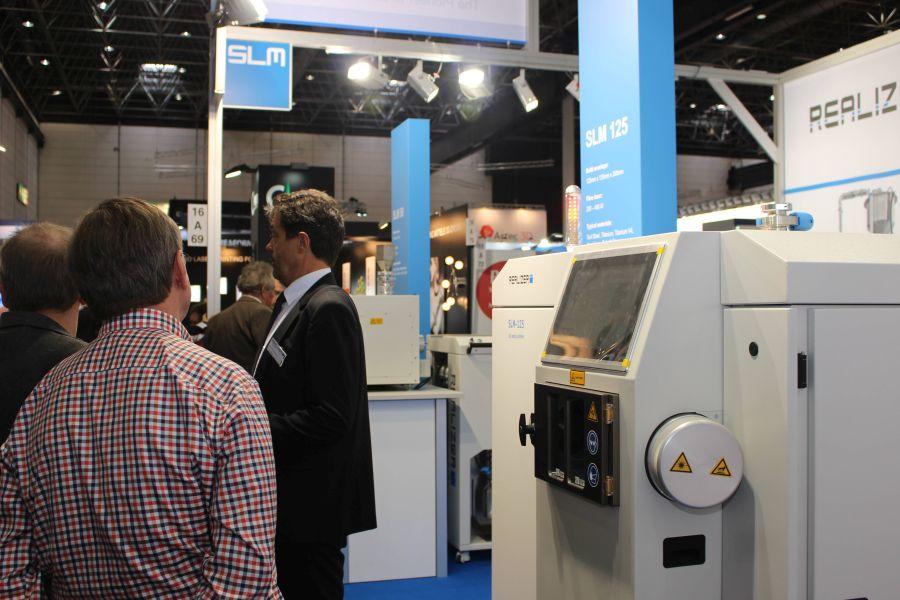 SLM Realizer was een van de weinige metaalprinterfabrikanten die wel mee deed aan Euromold.