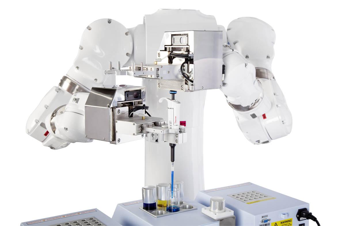 Mass customization met twee-armige Yaskawa-robot