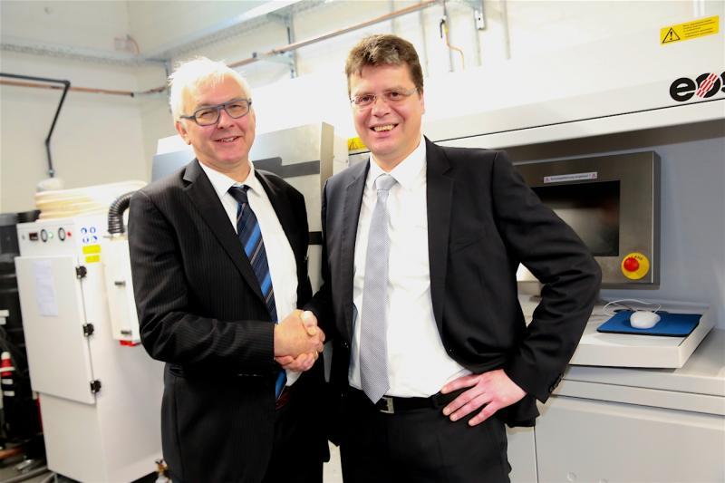 Oprichter en CEO van Materialise Wilfried Vancraen (links) samen met Marcus Joppe.