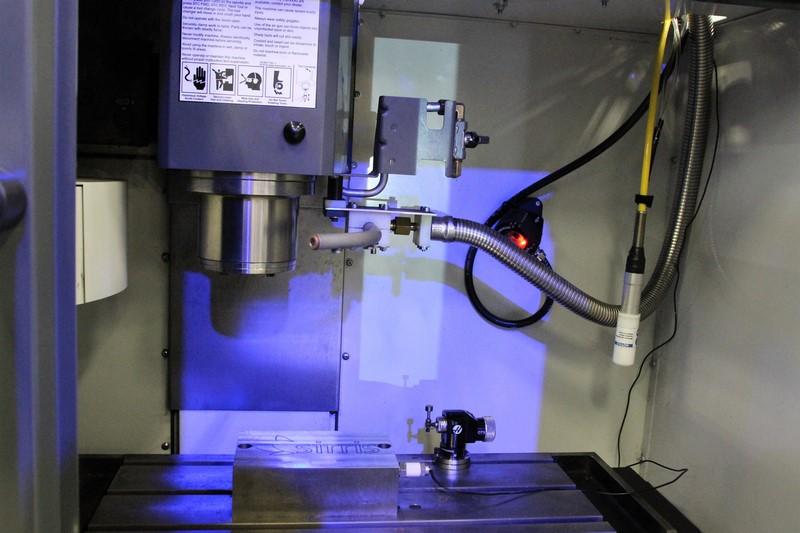 Sirris bouwt Haas Mini Mill om naar cryogene koeling