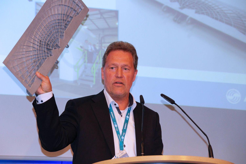 Peter Sander van Airbus schetst de stand van zaken wat betreft additive manufacturing als productietechniek voor aerospace.
