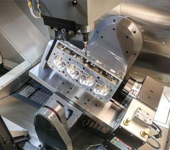Nieuwe Haas UMC-750P met ander concept rotatie-assen