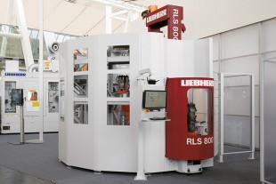 Liebherr introduceert op EMO nieuwe robotcel voor tot 5 machines