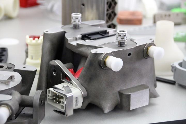 Phoenix Contact: helft van alle spuitgietmatrijzen deels 3D geprint