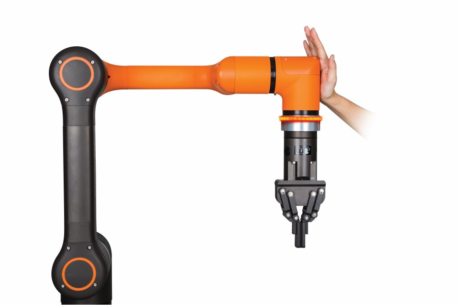 Europese primeur Dymato: Hanwha Techwin co-bot