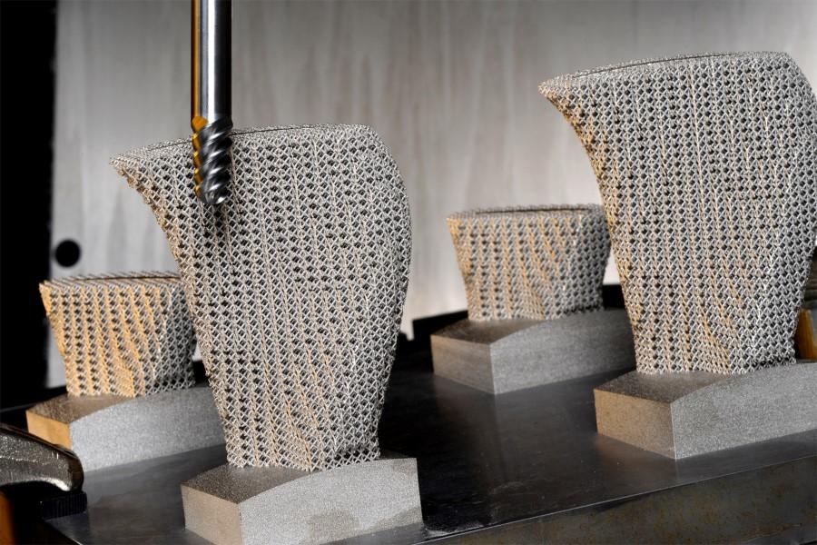 Speciale support geometrie vermindert trillingen AM-werkstuk bij nabewerken