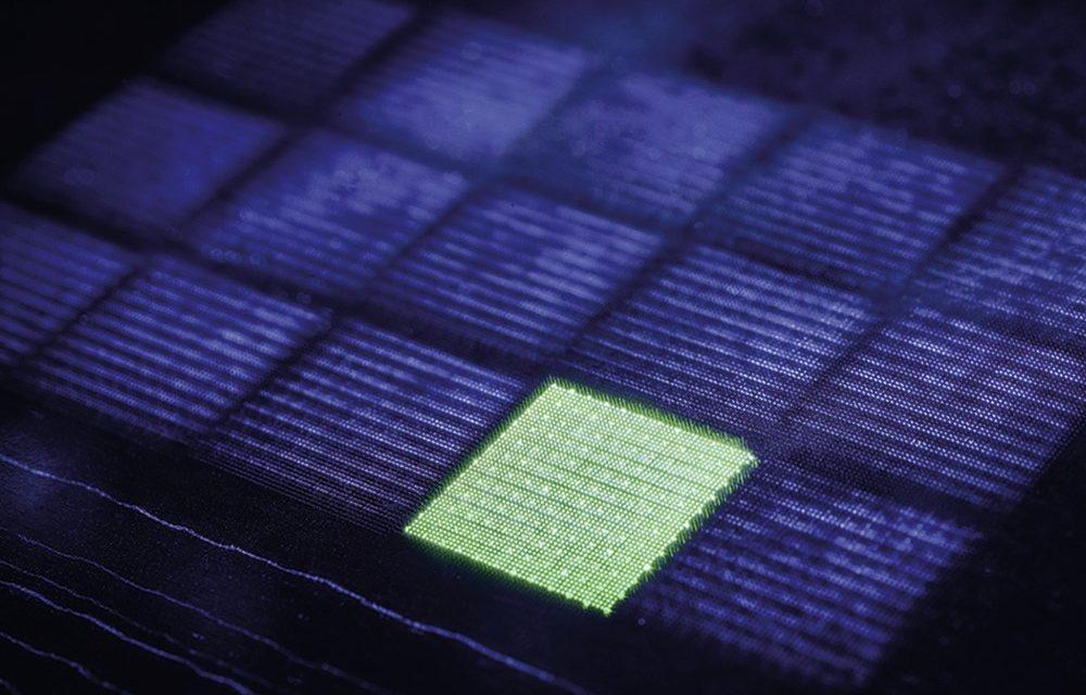 Onderzoekers laserboren 12.000 precisiegaten per seconde