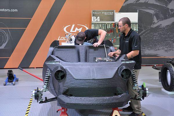 Het desingteam van Strati heeft Siemens-software gebruikt voor simulatie van 3D printen en het direct doorsluiten van de wijzigingen.