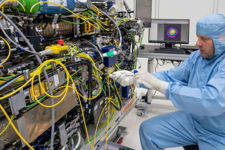 EUV laser
